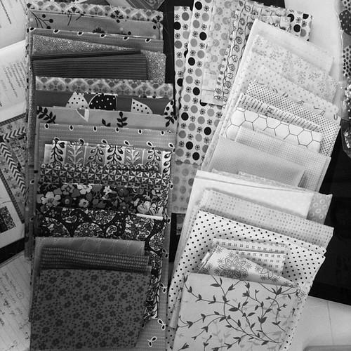 Checking the value of my fabric picks #medallionalong #marcellemedallion