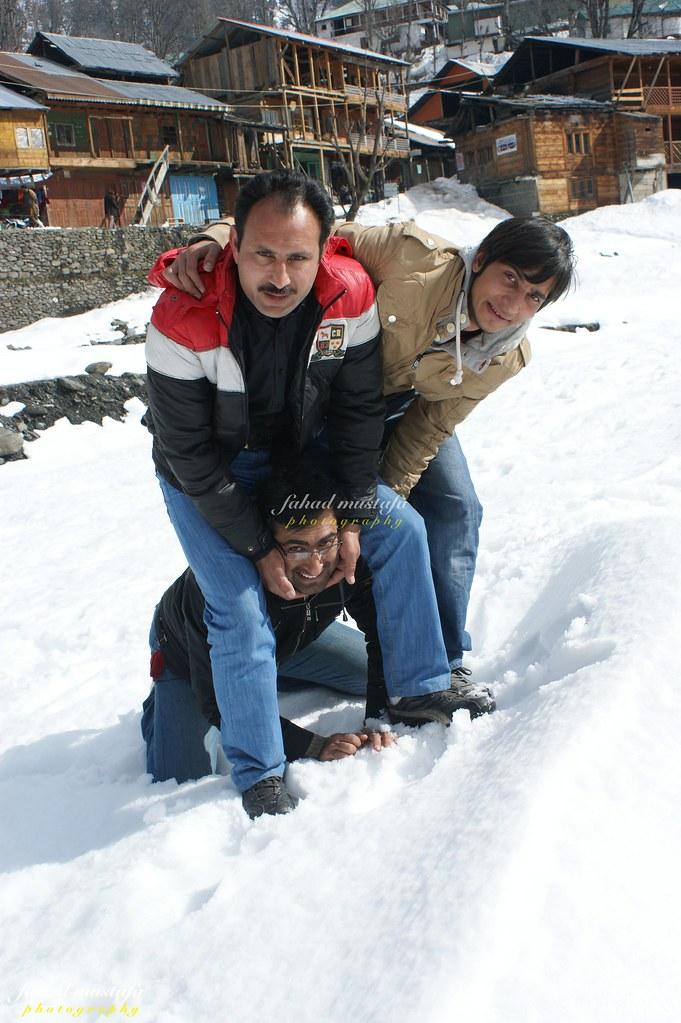 Muzaffarabad Jeep Club Neelum Snow Cross - 8470755613 622881d198 b