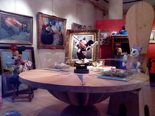 Il trio Disney alla tavola rotonda by Ylbert Durishti