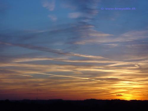 travel autumn sunset sky sun holland fall netherlands dutch weather one 1 europe view apartment you sony nederland cybershot thank views million zeist webshots f505 miljoen