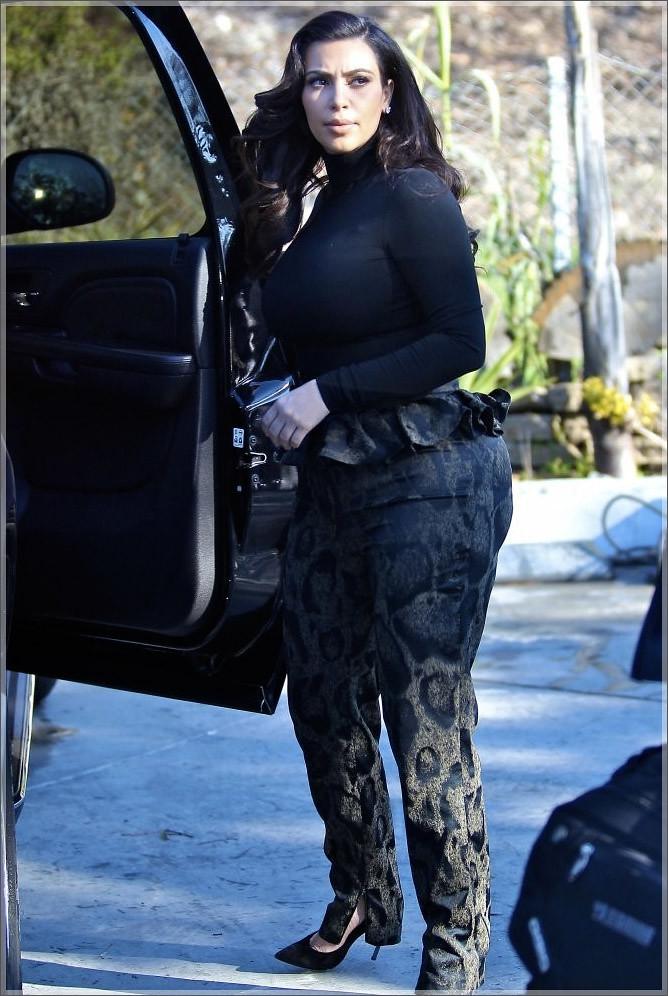 Kim-Kardashian-hip-pad