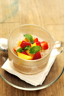 Sago pudding with summer fruits