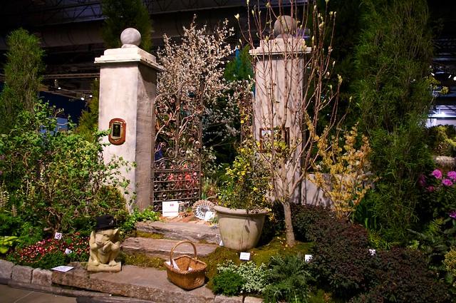 A Garden Gateway