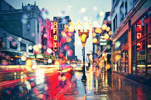 rain saint st louis grand foxtheatre missourilandscapephotographer