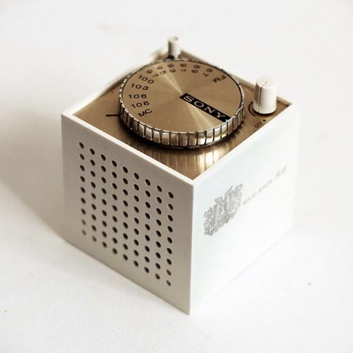 Sony Cube Radio