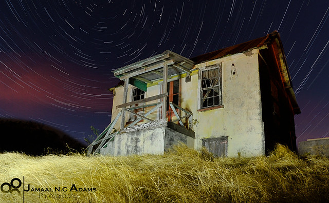 Old House Star Trail por Jamaal Adams