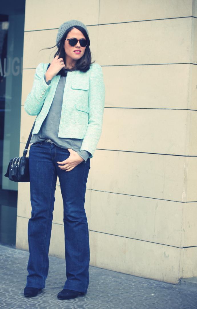 Look blazer azul + gorro gris - Monicositas 2