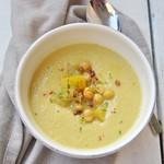 Chickpeas and Apple Cream of soup