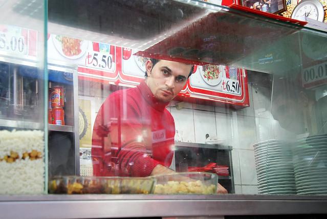A nice guy at a fast food shop in Kadikoy, Istanbul, Turkey カドゥキョイ、ファストフード店のイケメン君