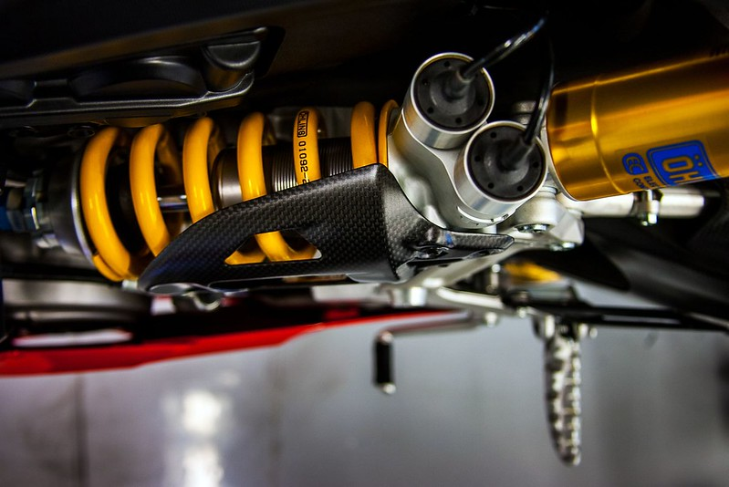 2013-ducati-1199-panigale-r-official-pictures-photo-gallery_10