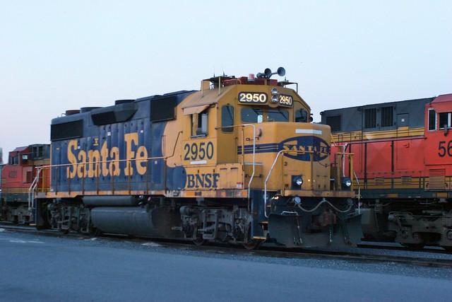 BNSF 2950 (GP39)