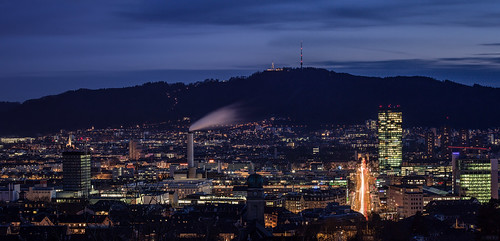 Zürich Night Cityscape 02
