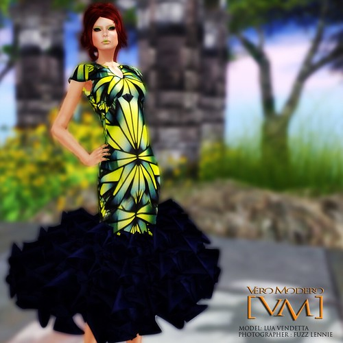 [VM] VERO MODERO  Kaleidoscope Green Dress
