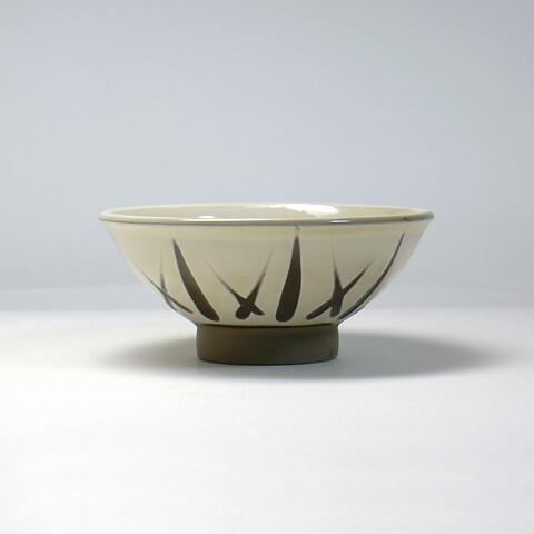 小鹿田焼 柳瀬晴夫窯「飯碗/笹の葉模様・乳白」