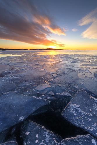 ocean winter sunset ice göteborg island sweden gothenburg sverige archipelago skärgård brännö sigma1020mmf456exdchsm canoneos7d