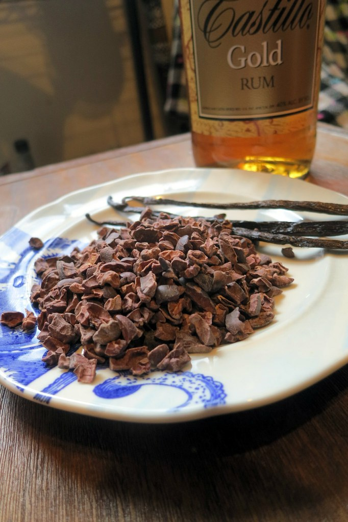 Home Bars Rule: DIY Chocolate Liqueur | Get Sconed!