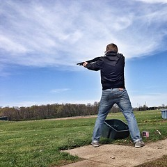 clay pigeon shooting(1.0), sports(1.0), recreation(1.0), outdoor recreation(1.0), trap shooting(1.0),