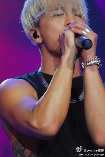 Taeyang-YoungChoiceAwards2014-Beijing-20141210_HQs-07