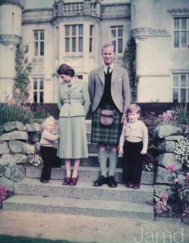 1952 9th September 1952 Queen Elizabeth II and The Prince Philip, Duke of Edinburgh with their two young children2