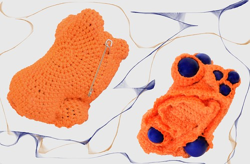 Crochet brooch- Orange sponge