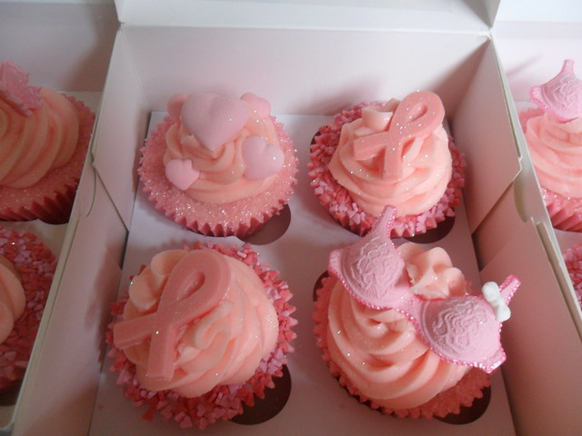 breast cancer cakes