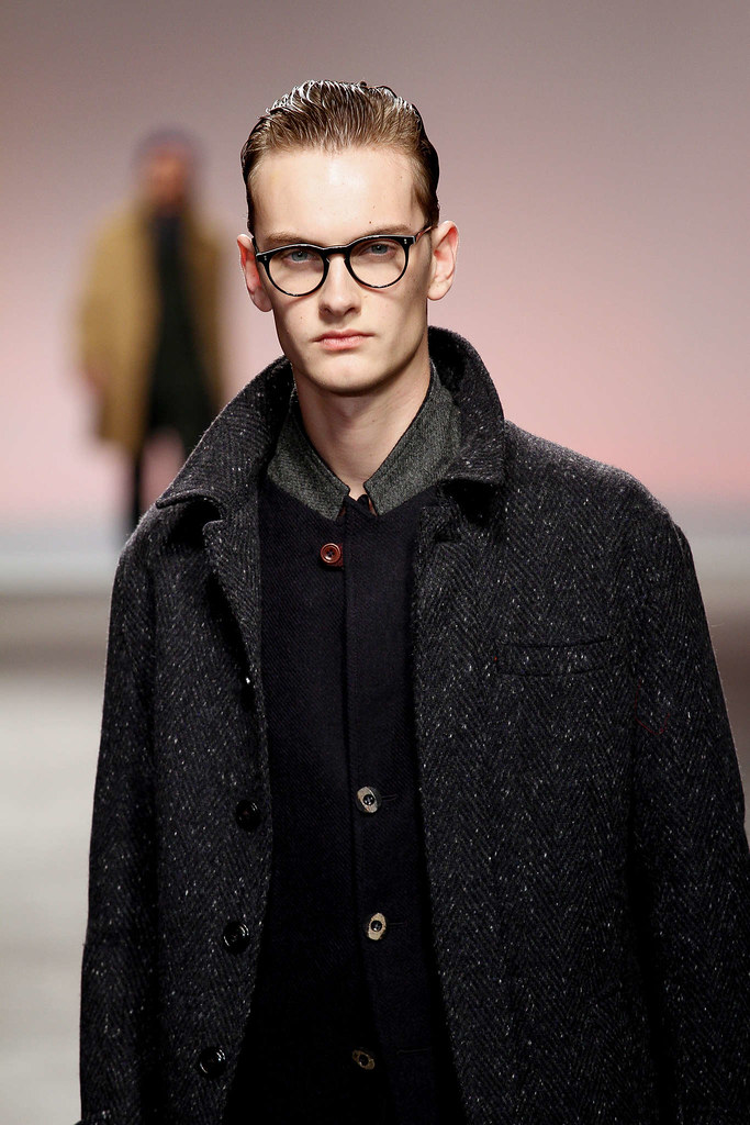 Pieter-Paul Huisman3037_FW13 London Oliver Spencer(fmag)