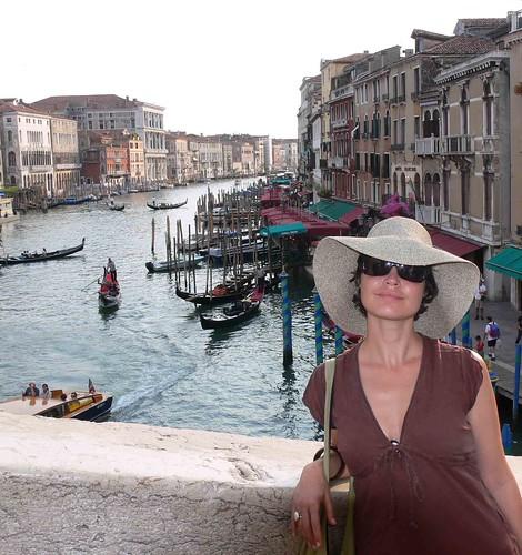 Green Moxie, Nikki Fotheringham in Venice Italy, blogger
