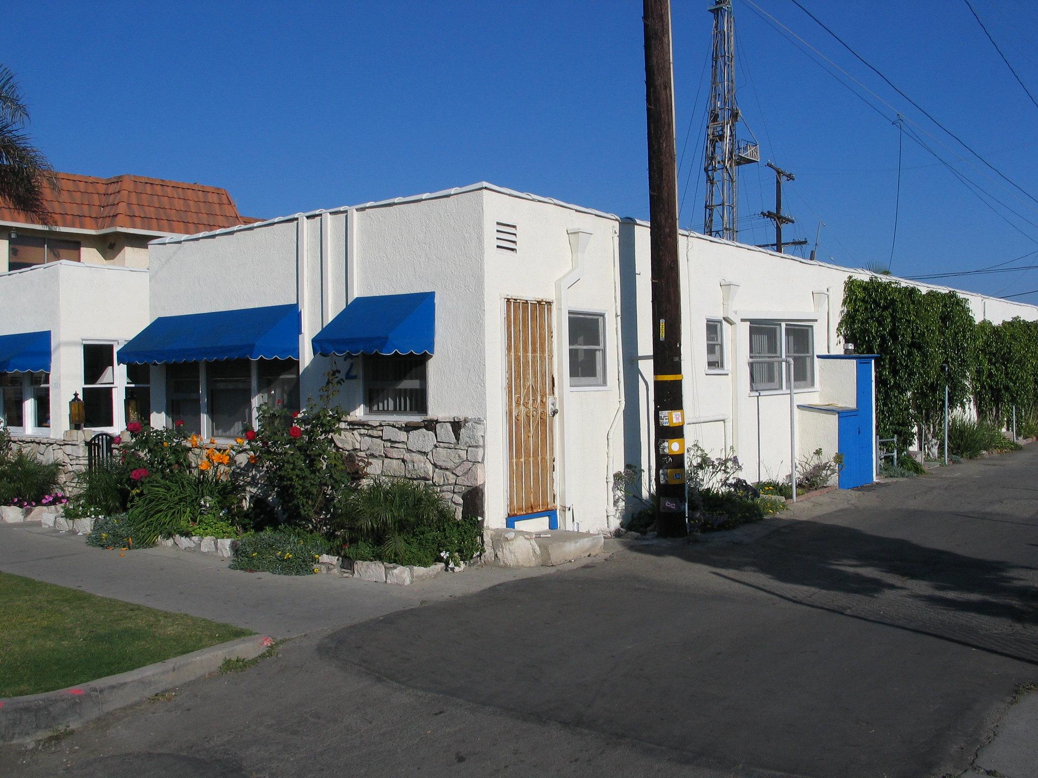 Bungalow Court 100 Block Seventh St Huntington Beach