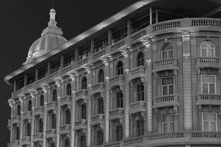 Image of Playa Carrasco near Barra de Carrasco. building architecture sunrise canon uruguay hotel arquitectura edificio casino amanecer montevideo carrasco sofitel rambla patrimonio historico nobile arocena canon5dmkii jikatu majosofitelfav