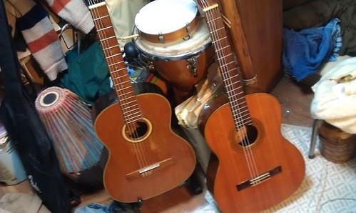 Yamaha Dynamic Guitar No20, Suzuki Nylon Strings Guitar NO.33, by Kanda Mori
