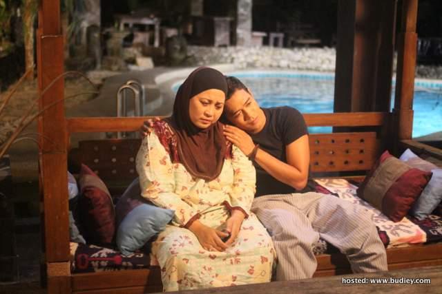 Babak Alif bersama ibunya(Tengku Sarina (Kuna))