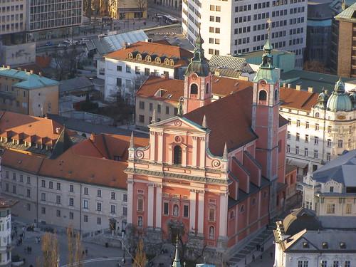 building church architecture temple slovenia ljubljana slovenija kosciol kościół architektura budynek lublana swiatynia słowenia świątynia