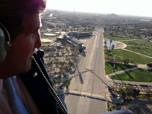 Secretary Kerry Flies Over Baghdad