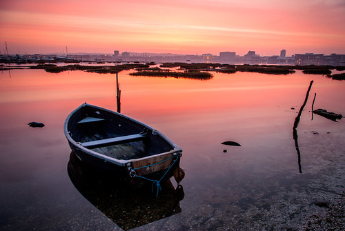 uk england sunrise dawn boat soft pentax filter lee dorset nd mooring 06 grad poole graduated pooleharbour neutraldensity hamworthy holesbay k10d grahamhobbs