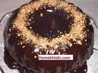 acıbadem aromalı bademli kakaolu kek