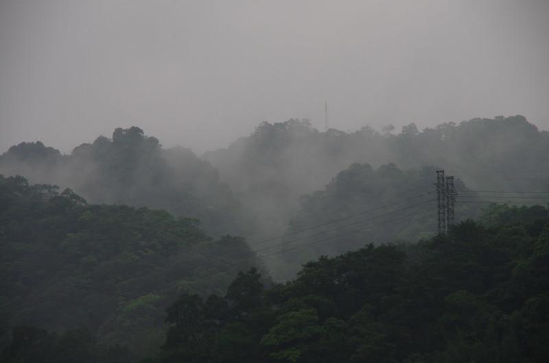 陰雨天的平溪支線