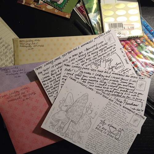 It's a letter-writing kind of night #penpals #mailart #snailmail