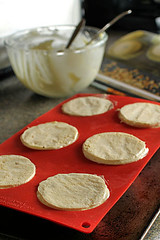 Making White Chocolate and Almond Meringue Domes MG_7146 R