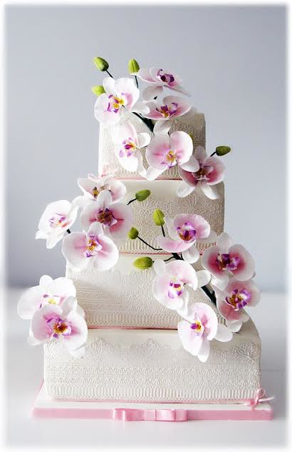 Elegant Wedding Cake by Sylwia Anna Jozwiak of The Little Owl Cakes