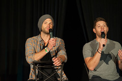 SPN_Dallas_2016_Jared_and_Jensen_main_panel_039
