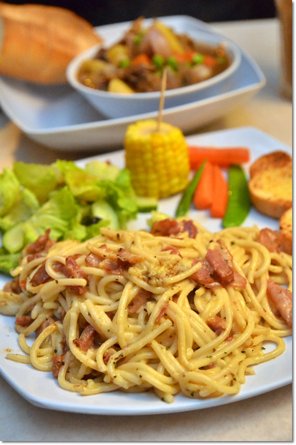 Spaghetti Carbonara with Pork Bacon