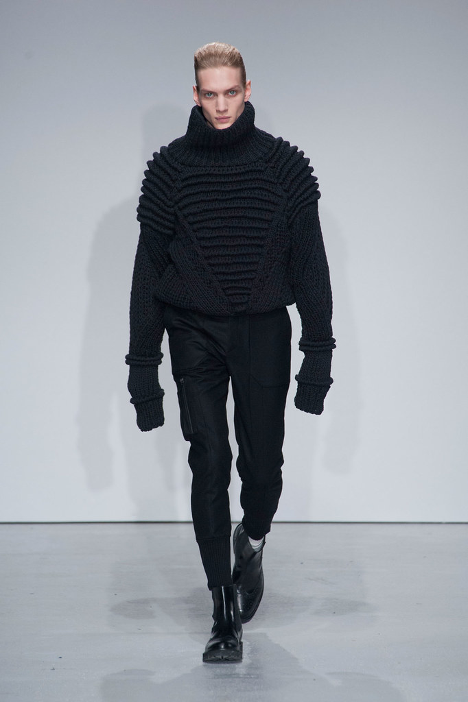 Paul Boche3460_FW13 Paris Juun J.(fashionising.com)