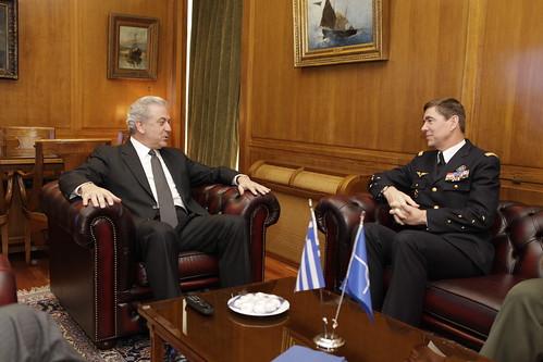 Συνάντηση με τον Ανώτατο Διοικητή Συμμαχικής Διοίκησης Μετασχηματισμού (SACT), Πτέραρχο κ. Abrial (9/3/12)