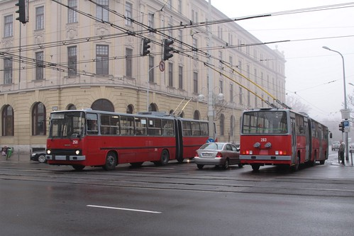 Pair of articulated trolleybuses pass on route 12