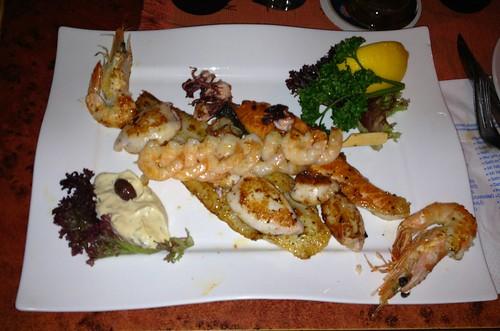 Fisch-Grillplatte / Mixed fish grill - Restaurant Poseidon Feldkirchen