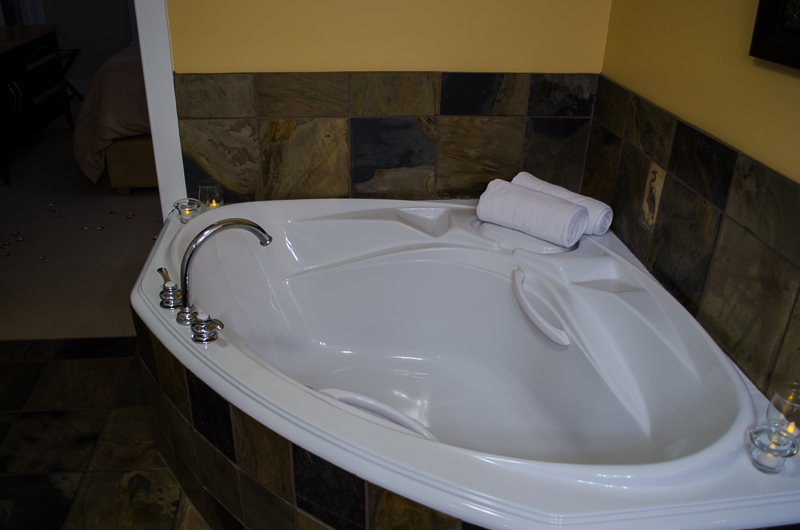 Painted Boat Resort Villa Main Bedroom Soaker Tub