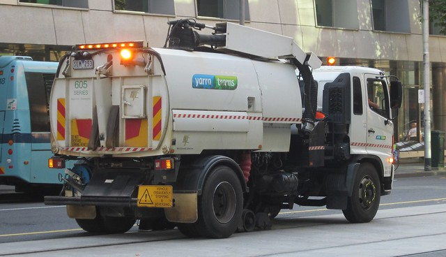 Yarra trams track cleaner