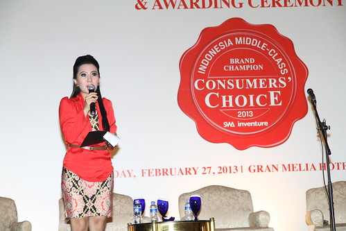 Indonesia Middle-Class Brand Forum 2013-MC