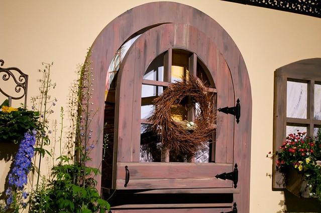 A Simple Door Wreath