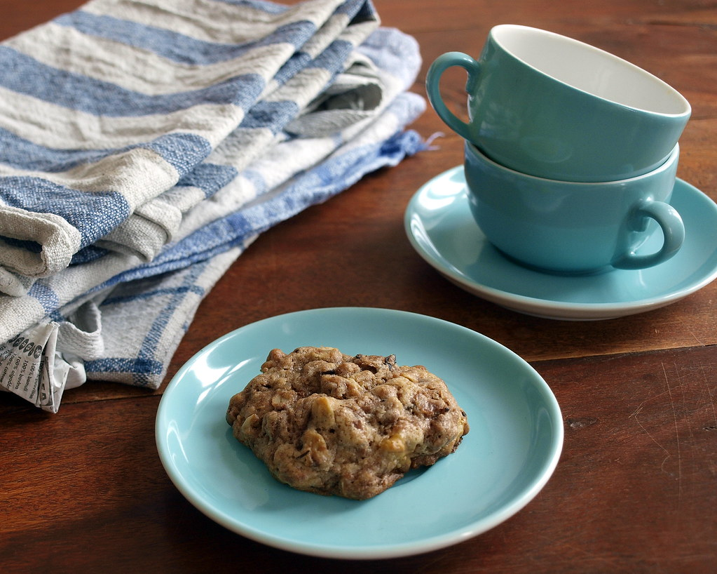 Chocolate Oatmeal Cookies with Walnuts